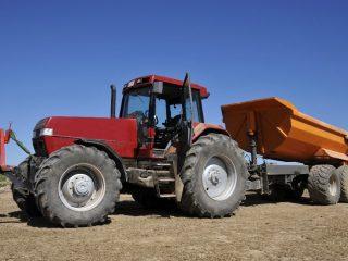 Magri-1000, pneus tracteur, pneus véhicule de déneigement, augmente le poids, abaisse centre de gravité, améliore traction, lestage de pneus, Somavrac C.C